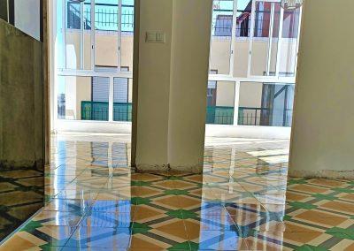 Restauración, pulidos y vitrificados en suelos hidráulicos, mosaicos.